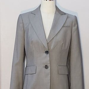 Anne Klein Grey Suit NWOT Sz 4